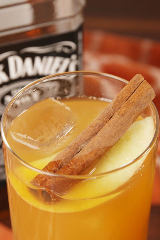 gallery-1511202175-delish-apple-cider-old-fashioneds-pin-1